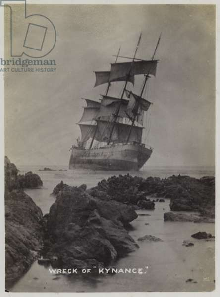 Wreck of the sailing ship Kynance, Punta Blanca, Chile, 1910 (b/w photo)