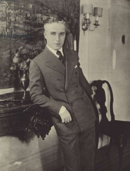 Charles Chaplin, Charlie (b/w photo)