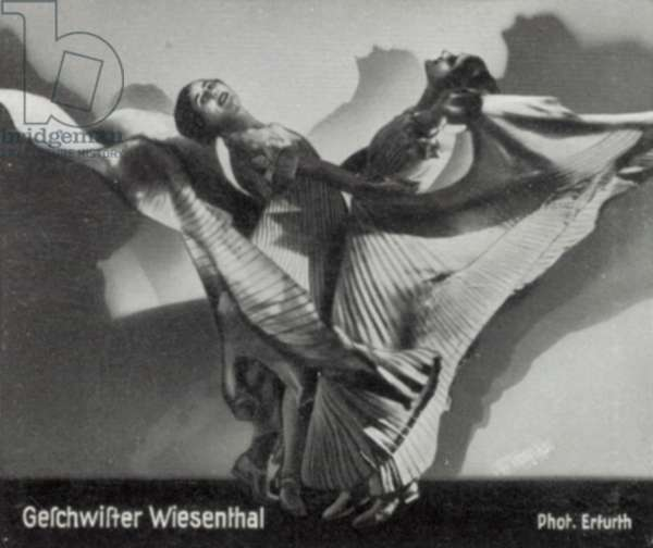 Geschwister Wiesenthal (b/w photo)