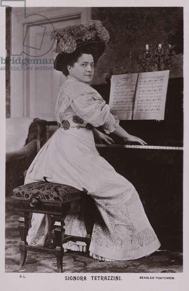 Luisa Tetrazzini, Italian coloratura soprano singer (b/w photo)