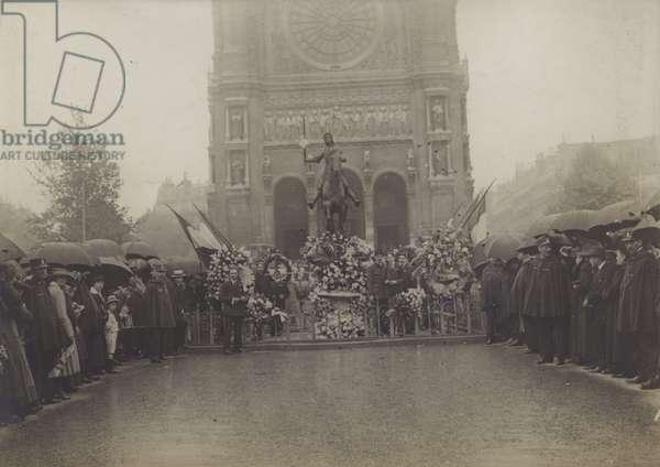 Paris, Fete of Jeanne d'Arc (b/w photo)