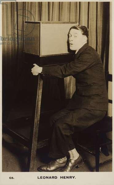 Leonard Henry (b/w photo)