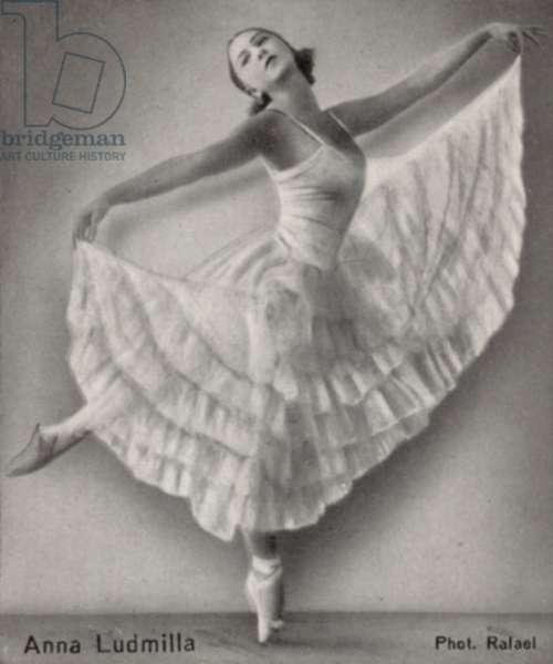 Anna Ludmilla (b/w photo)