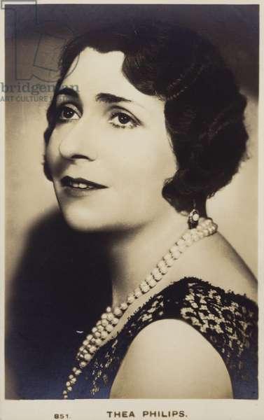 Thea Philips (b/w photo)
