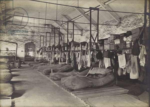 German prisoners' bedroom,  January 1916 (b/w photo)