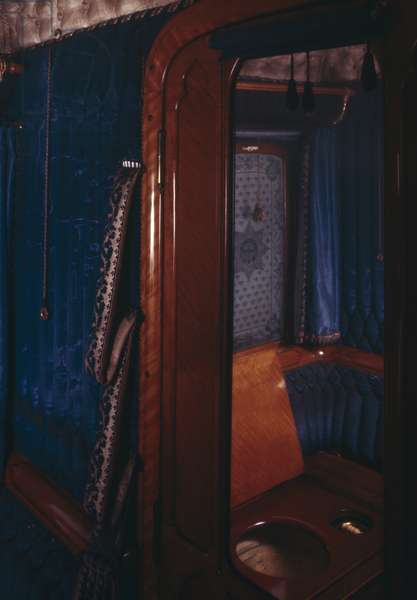 Queen Victoria's Cloakroom, Royal Train Carriage (photo)