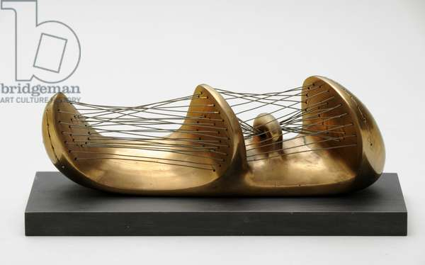 Stringed Figure, 1939 (polished bronze strung with wire)