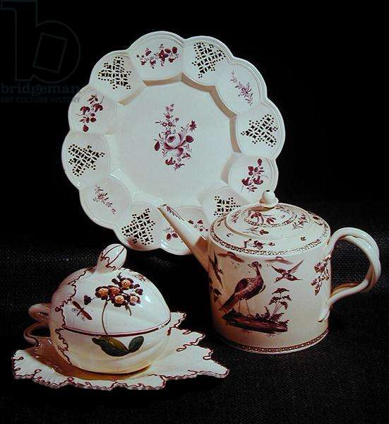 Selection of painted creamware: dessert plate, Melbourne pottery, c.1770; terrine and stand, Leeds pottery, c.1770; teapot and lid, Melbourne pottery, c.1770 (photo)