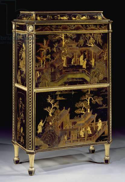 Lacquered lady's secretaire, made for Harewood House, 1773 (photo)