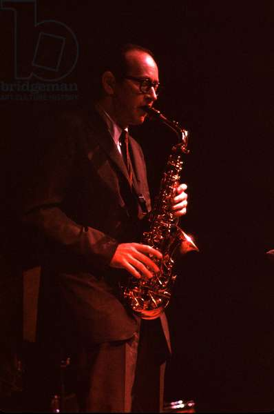 Paul Desmond playing alto