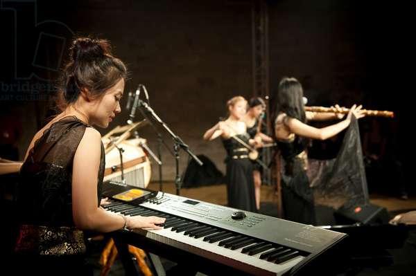 Sorum performs at 2011 Barcelona Asia Festival