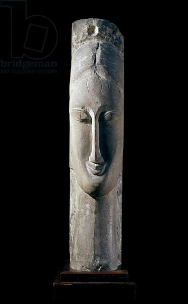 Testa di donna. Woman's head. Sculpture by Amedeo Modigliani (1884-1920), 1911-1912. Stone of gres. Paris, National Museum of Modern Art