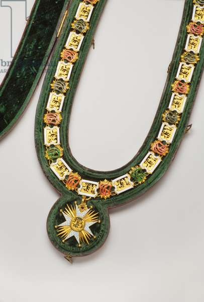 Kingdom of Baviere - Order of Saint Hubert: necklace worn by Luitpold, Duke en Baviere (1890-1973) - End of the 18th century - Gold and emals; original gold plated iron and silk velvet - Necklace: L 122 cm; weight 460 g (pendant included) - Pendant: D 7,5 cm - Private collection