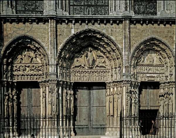 Exterior view, West Facade, Royal Gate, 1194-1220 (photography)