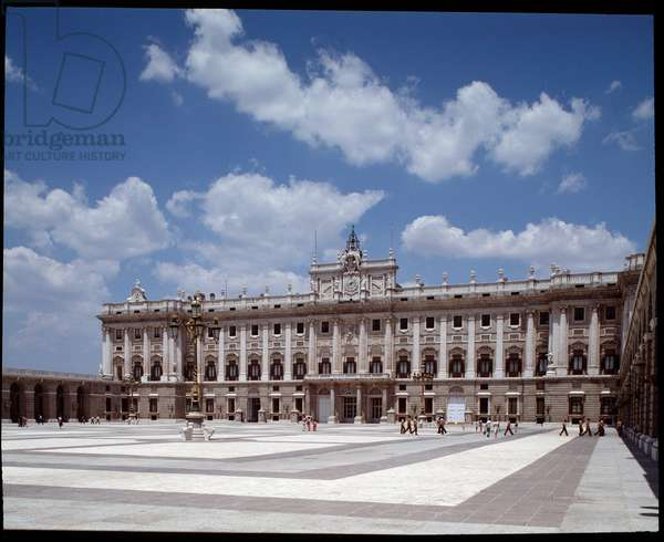 View of the Royal Palace of Madrid, 1738-1755 Spain (View of the Royal Palace of Madrid (Palacio Real), Spain) ©Luisa Ricciarini/Leemage