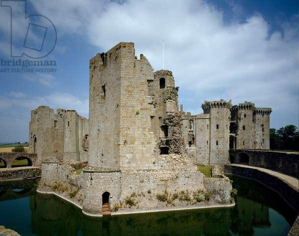 View of the medieval castle of Raglan, 1435 (photography)