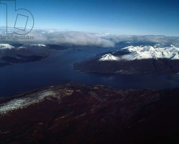 Aerial view of the Beagle Canal and Yendegaia Bay, Tierra del Fuego, Chile, 1983 - Aerial view of Yendegaia Bay in the Beagle Channel, in the southern coast of the Chilean part of Isla Grande de Tierra del Fuego, Chile - 1983 - Photography