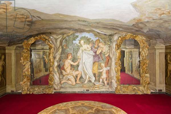 """Fresco in the """"cave"""" depicting the myth of Paris, 1710"""