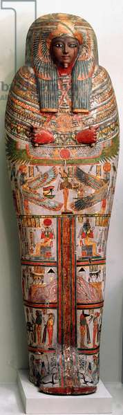 Egyptian antiquite: wooden sarcophagus decorates scenes of rituals. 850 BC. From Thebes. Dim. 196 cm London, British Museum
