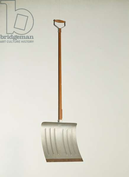 Ready-made beche arm advance by Marcel Duchamp (1887-1968), sd Collection privee