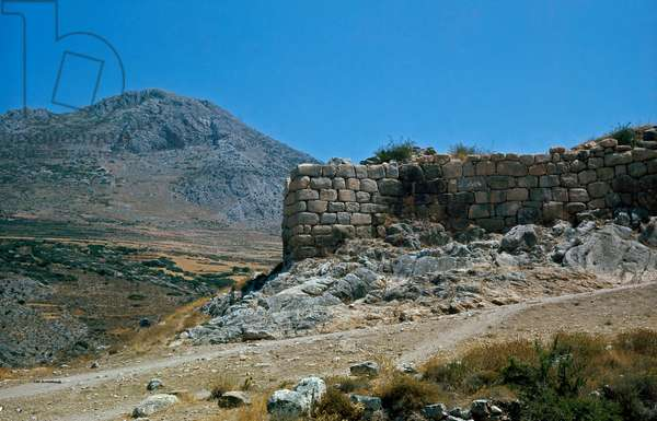 The walls of the acropolis, 1500-1100 BC (photography)