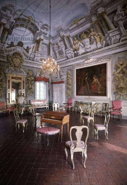 View of the main living room, with frescoes and stucco, 1652 ca