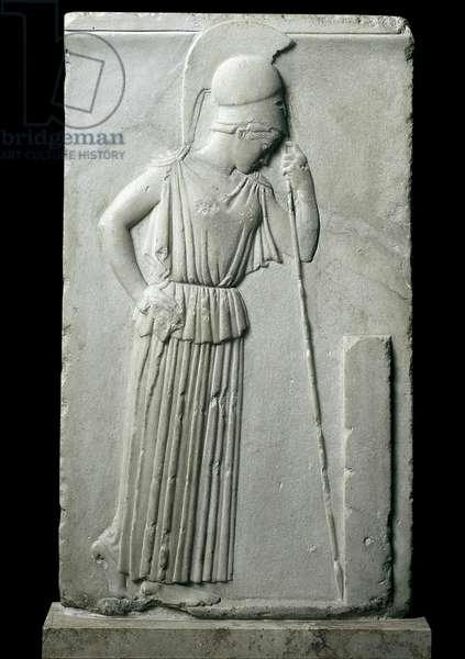 Greek art: low relief representing the pensive goddess Athens - Coming from the Acropolis in Athens, 460-450 BC, Dim. 54 cm - Athens, National Archaeological Museum — Mourning Athens - Marble relief (H.54 cm), from the Athenian Acropolis, 460-450 BC - National Archaeological Museum, Athens, Greece