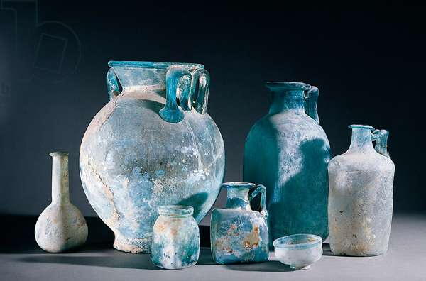 Roman art: glass vases and jugs. From Pompei. 1st century AD. Naples, Museo Archeologico Nazionale