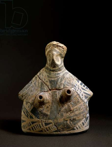 Minoan art: terracotta vase in the shape of a woman from the necropolis of Mallia in Crete. 2200-2000 BC. Dim. 16,4 cm Heraklion, archeological museum
