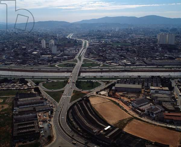 Air view of the intersections of the highways and Avenida Otaviano Alves de Lima a a Sao Paulo, Brazil - Aerial view highways intersection with avenida Otaviano Alves de Lima in Sao Paulo, Brazil - Photography - 1983