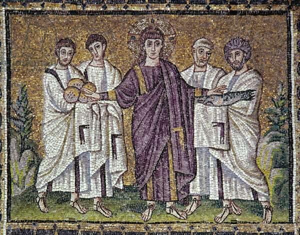 "Byzantine Art: """" The multiplication of bread and fish"""" Mosaic of the 6th century. Basilica of Saint Apollinar the Nine of Ravenna (Sant'Apollinare Nuovo, Ravenna)."
