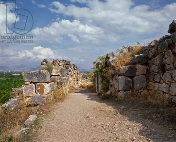 Access to the upper fortress of the Mycenian citadel, around 1200 BC (photography)