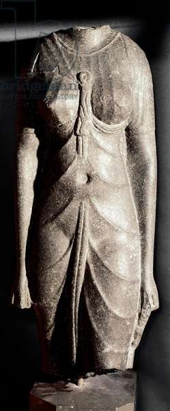 Egyptian antiquite: acephal diorite sculpture of the goddess Isis or of a queen. Ptolemaic period, 300 BC. Dim. 63 cm Paris, Musee du Louvre