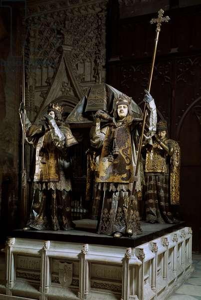 Tomb of the navigator Christopher Columbus (photography)