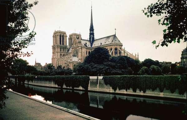 View of the apse of the Cathedrale Notre Dame de Paris, 1163-1330.