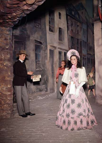 Mimi Pinson in a street of Montmartre (Reconstitution)