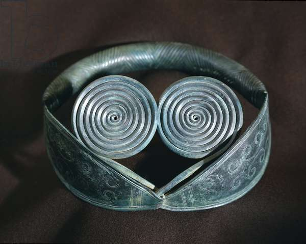 Metal neck ornament decorated with spirals from Halland.