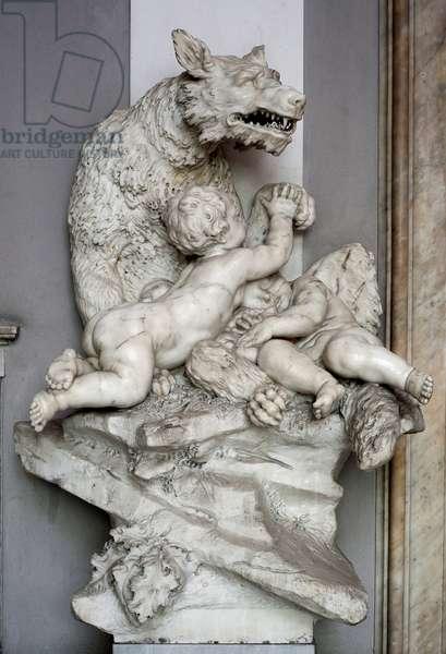Romulus and Remus with the Wolf Marble Sculpture by Francesco Biggi (1676-1736) Genes, Musei di Strada Nuova (ex Palazzo Rosso)