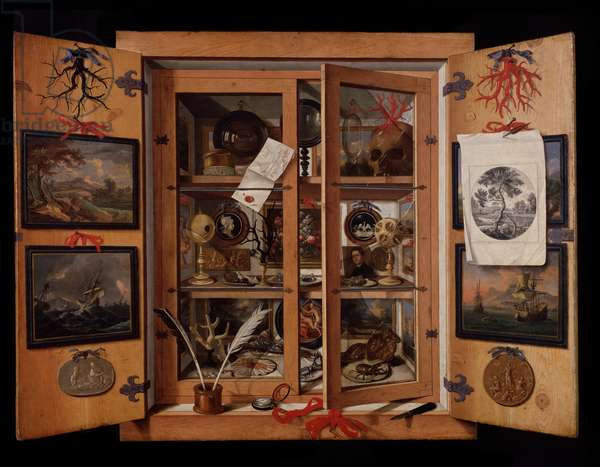 Showcase of objects and trinkets Small cabinet of curiosites in Trompe l'oeil (Scarabattola) - Painting by Domenico Remps (17th century) (Curio cabinet, trompe-l'oeil) Florence, museo dell'Opificio delle Pietre Dure