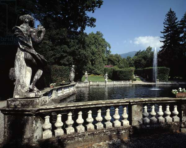 Fountain in the park projected by Filippo Juvarra (1678-1736), Villa Mansi (Fountain of the park of Villa Mansi) 17th century Lucca (Lucca) Italy