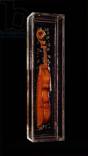 Mimedio fino Mixed media of Arman (Armand Pierre Fernandez, 1928-2005) 1966 Dim. 63x16,5x11,5 cm Private collection