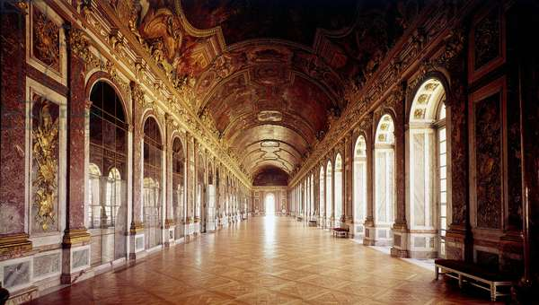 View of the Galerie des Glaces at the castle of Versailles. 17th century Versailles