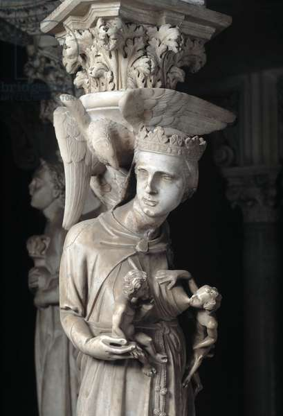 Detail of the sculpted groups supporting the Chair realized by Giovanni Pisano (1248-1314): the Church nourishing its children (Detail of the sculptures supporting the marble pulpit, the Church feeds her children) 1302-1311 Cathedrale de Pisa (Duomo di Pisa), Italy