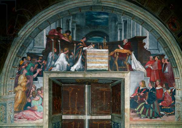 The Mass of Bolsena Miracle which took place at a mass in Bolsena near Orvieto in 1263. Christ's blood flowed from the host. Pope Julius II witnessed the miracle on his knees to the right of the altar, with Cardinals Leonardo Grosso della Rovere and Raffaello Riario, Tommaso Riario and Agostino Spinola. Fresco by Raffaello Sanzio dit Raphael (1483-1520). 1512-1514. Room of Heliodore, Vatican Museum, Rome