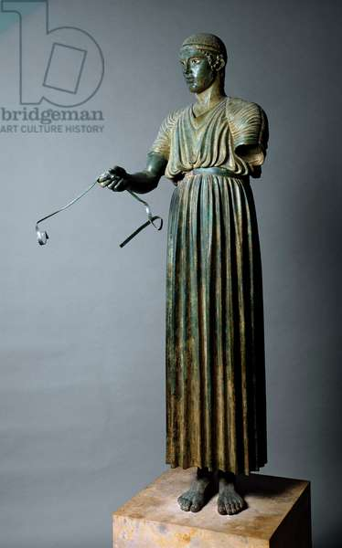 """Greek Art: """""""" The Aurige of Delphi or Heniokhos"""""""" She represents a tank driver - Bronze sculpture, Towards 470 BC, 180 cm high, Athenes, Musee Archeologique - The Charioteer of Delphi also known as Heniokhos - Bronze sculpture (H. 180 cm), c.470 BC, From Delphi, Greece - National Archaeological Museum, Athens"""