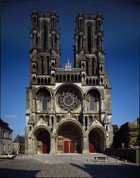 View of the facade of Cathedrale Notre-Dame, 1160-1225 (photography)