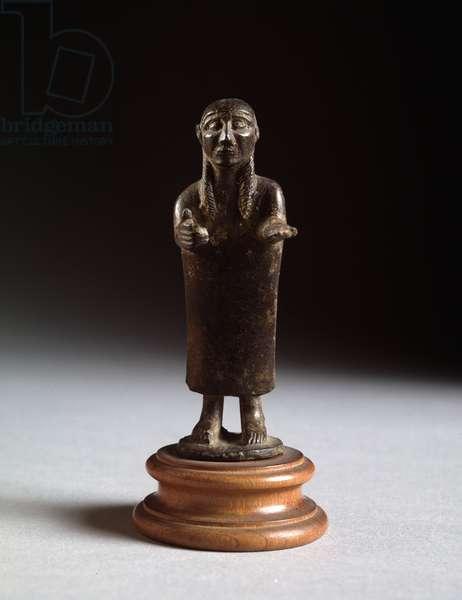 "Etruscan civilization: """" offeror"" (Etruscan art, offering man, Bronze sculpture, 625-600 BC, Dim 9 cm) Bronze scupture 625-600 BC Dim 9 cm Florence, Museo Archeologico Nazionale di Firenze"