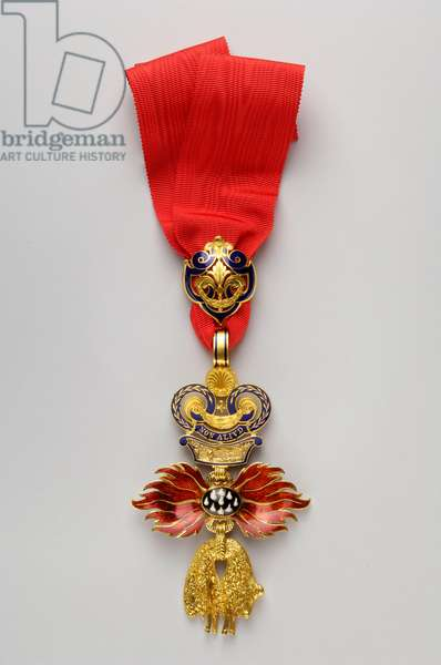 Order of the Golden Fleece: Austrian Golden Fleece - Insignia - Reverse - Manufactured by Rothe and Neffe (Vienna) - 1850-1900 - Gold and emals - H: 11.8 cm; W: 7 cm; Weight: 98 g - Private collection