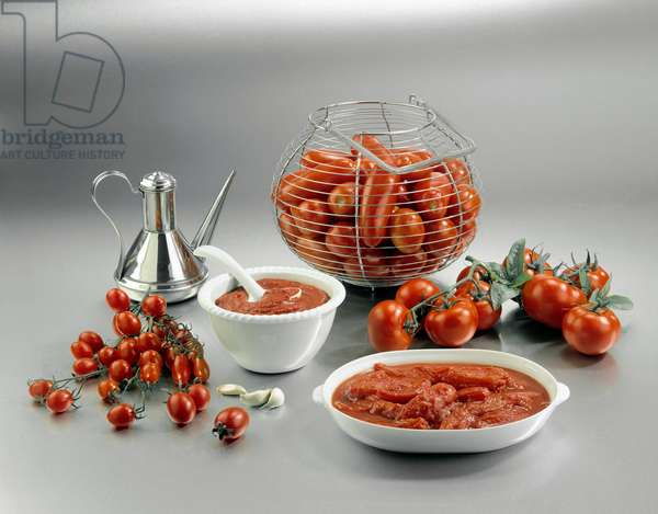 Still life with tomatoes, elongates, cherry, bunch and puree - (Still life with tomatoes, San Marzano, cherry tomatoes and tomato puree)