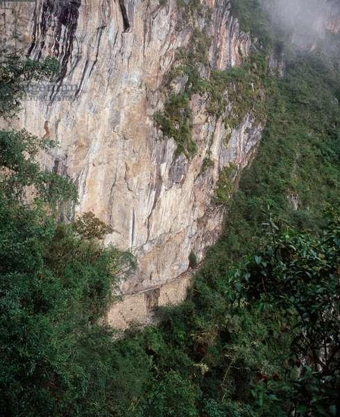 Inca civilization: view of an inca road, Machu-Picchu, Peru 1983 - Inca culture: view of an inca road, Machu Picchu, Peru 1983